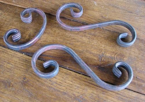 Кованные элементы для декора люстры