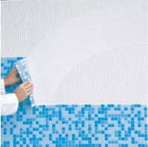 Укладання мозаїки на сітці на стіну