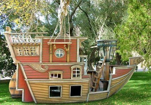 Домик для детей в саду