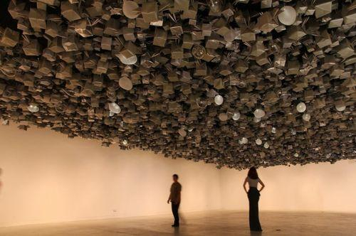 Интерактивная инсталляция Anything can break