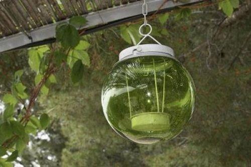 Подвесной светильник со свечей
