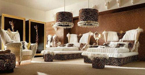 Роскошная спальня с двумя кроватями