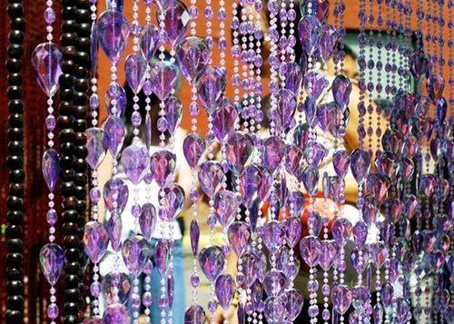 Фиолетовые шторы из бусин