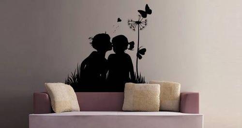 Художественная роспись стен в виде влюбленных