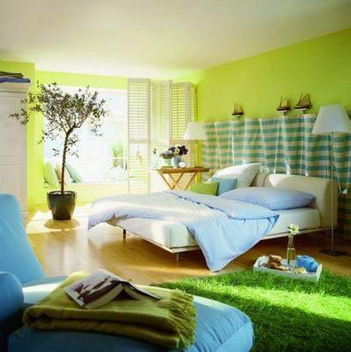 Весенний интерьер в спальне дома