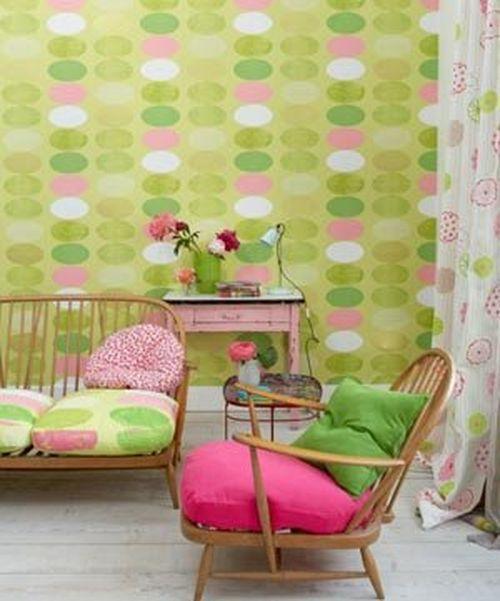 Весенний интерьер в гостиной дома