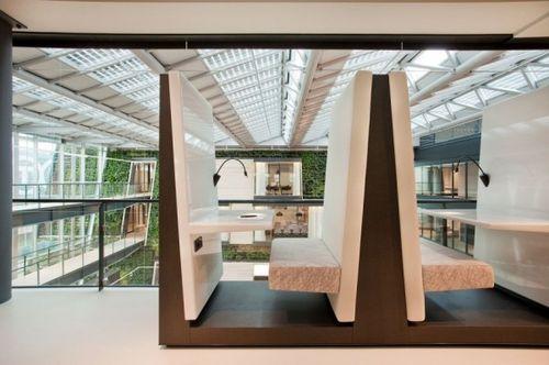 Зеленый атриум в офисе для Bosch Siemens Hausgerate