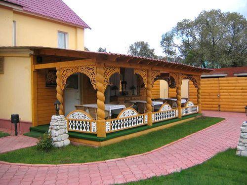 Летняя веранда на даче для гостей