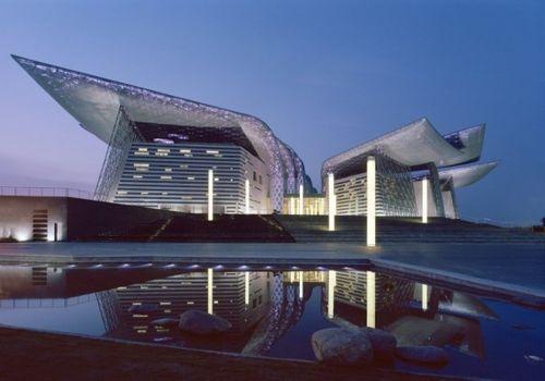Оперный театр Wuxi Grand Theatre в Китае