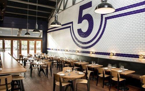 Ресторан SHED 5 в промышленном стиле