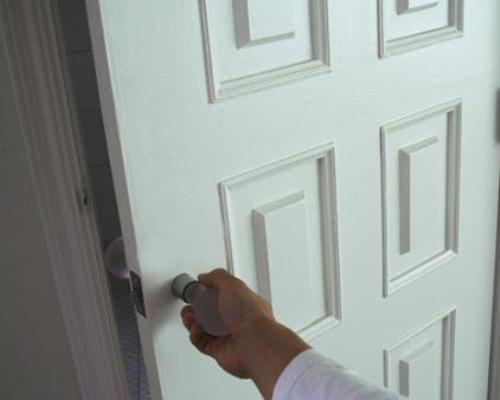 Светильник в дверной ручке