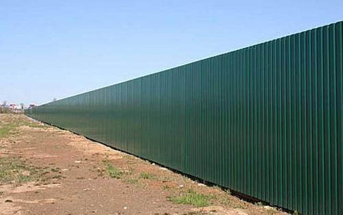 Забор из профнастила с металлическими столбами. Цена