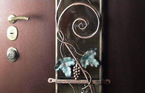 Выбор отделки стальной двери