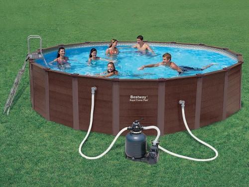 Что из себя представляет каркасный бассейн для дачи?