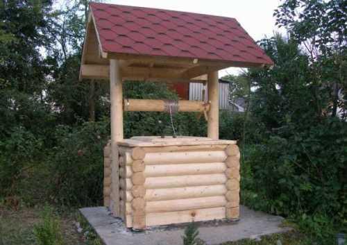 Просто домик для колодца