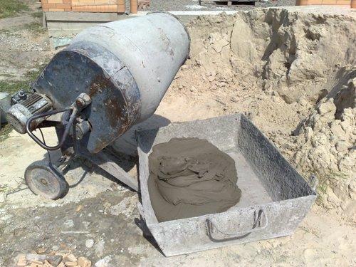 Как приготовить цементный раствор?