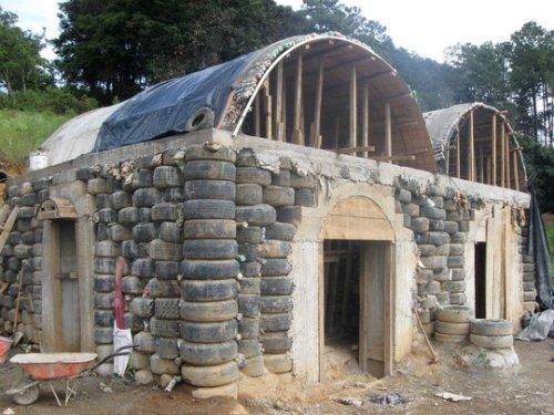 Дом из покрышек