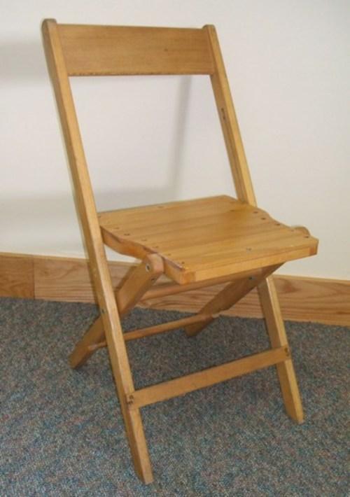 Как сделать деревянный складной стул со спинкой своими руками?