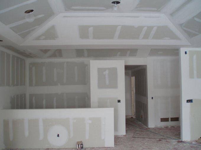 Облицовка стен гипсокартонными листами