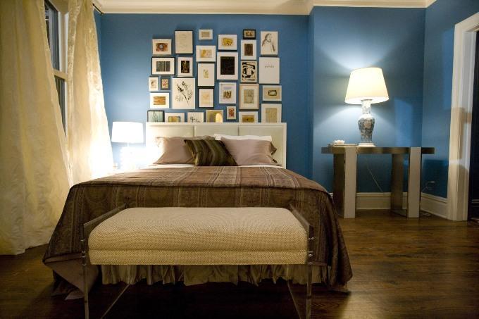 Синий цвет в интерьере спальни
