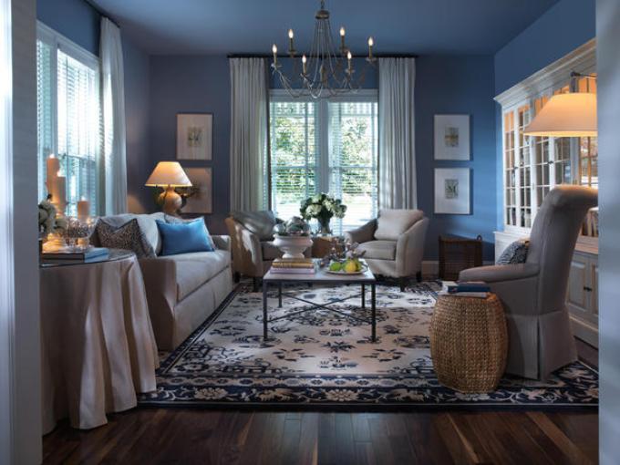 Синий цвет в гостиной