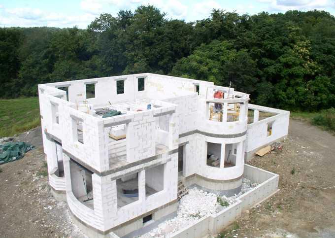 Как построить дом из газобетона своими руками?