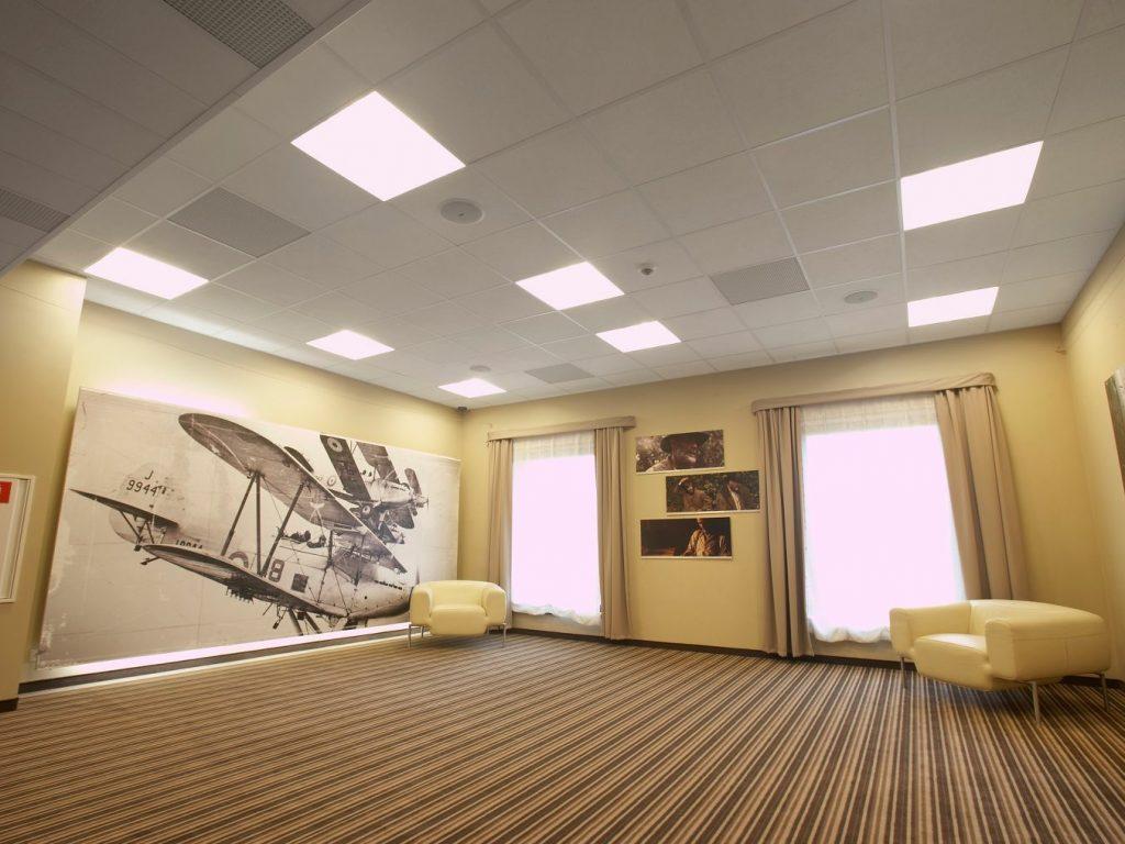 Характеристики популярного подвесного потолка Армстронг