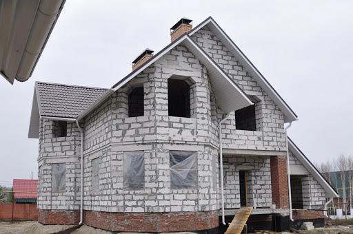 Преимущества и недостатки строительства домов из пеноблоков
