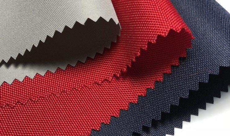 Использование ткани Оксфорд для перетяжки дивана