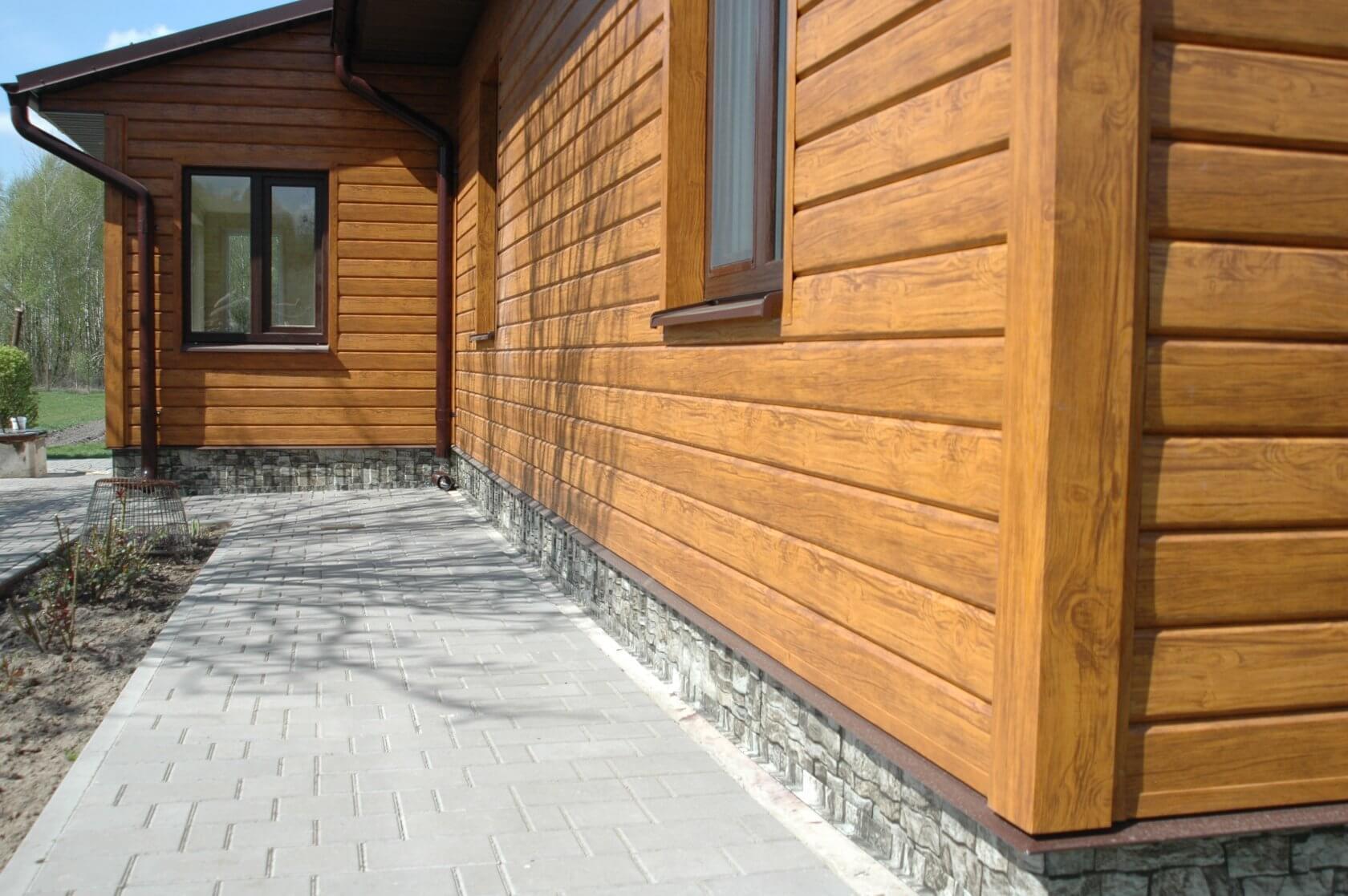 Металлический сайдинг как элемент отделки фасада зданий