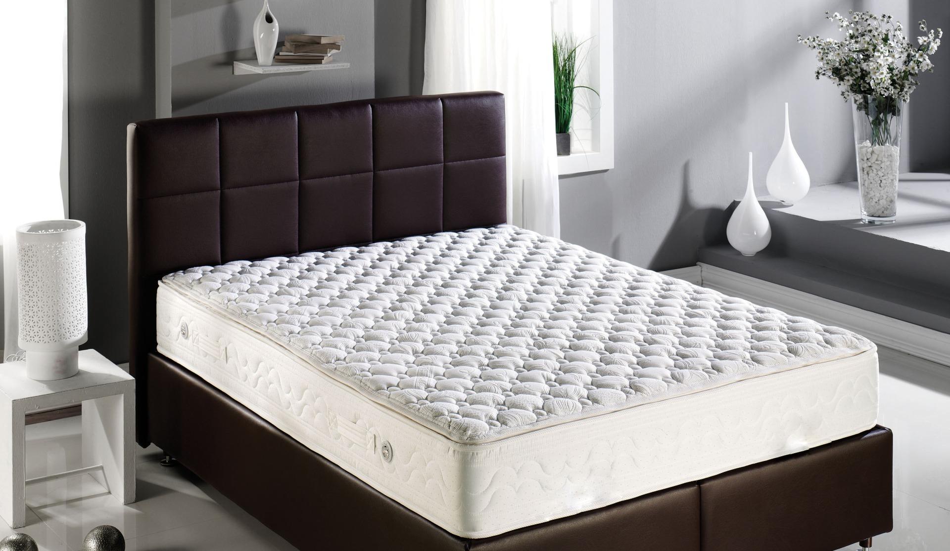 Выбор ортопедического матраса для кровати или дивана