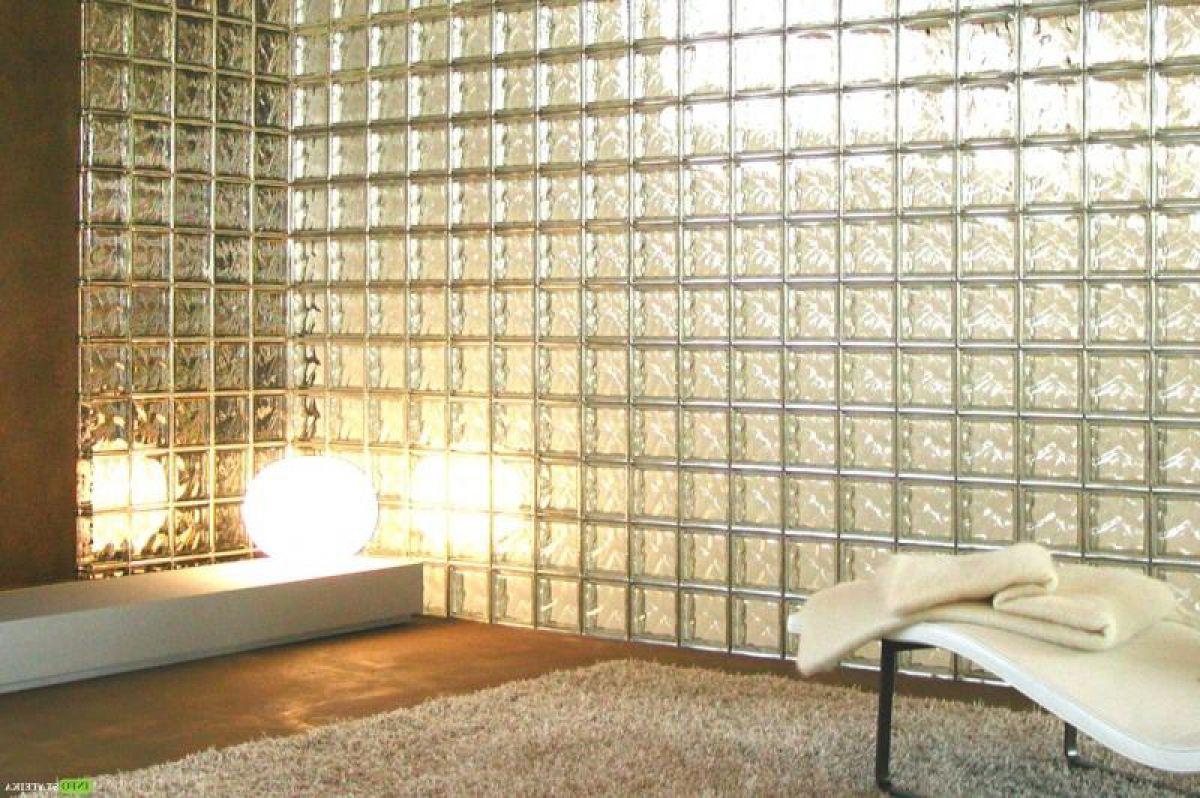Монтаж стены из стеклоблоков на цементном растворе при помощи алюминиевого профиля