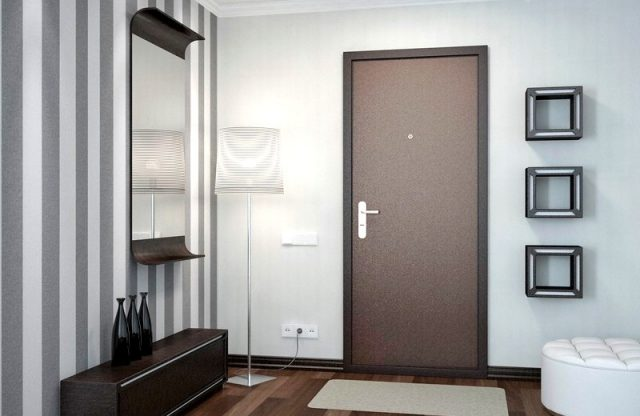 Что нужно знать при выборе входной металлической двери в квартиру?