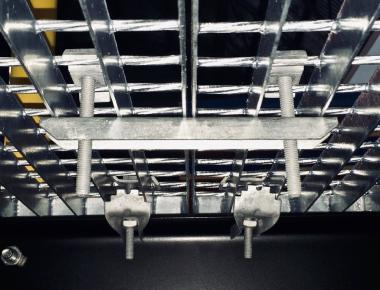 Виды крепежа для решетчатого настила